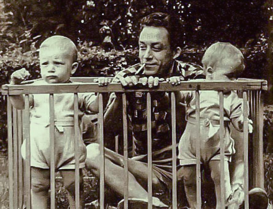 Albert Camus ile ilgili görsel sonucu